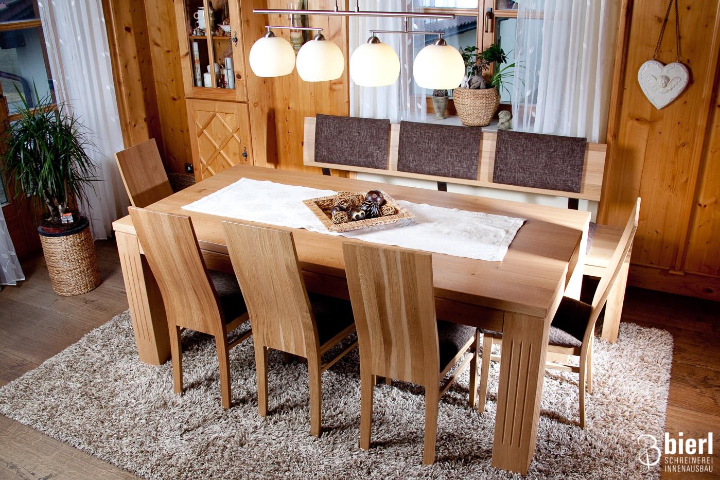 ... Esszimmer Mit Sitzbank Und Fünf Stühlen ...